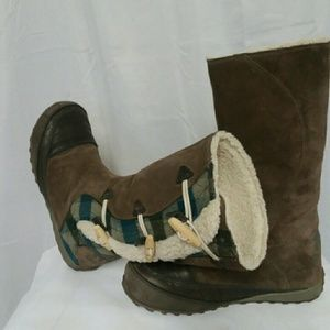 Women's size 7  Sorel boots gently worn just a cou